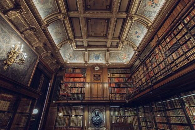 Yoga Bücher Bibliothek