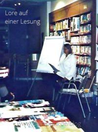 Yoga-Buch-Lesung - Lore Tomalla
